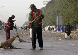 Sanitation workers' conditions linked to suicide attempts
