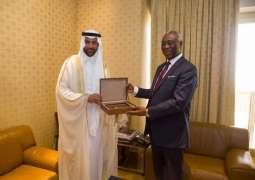 سفير المملكة لدى الكاميرون يلتقي مدير مكتب الرئيس الكاميروني