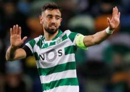 Manchester United sign Sporting Lisbon midfielder