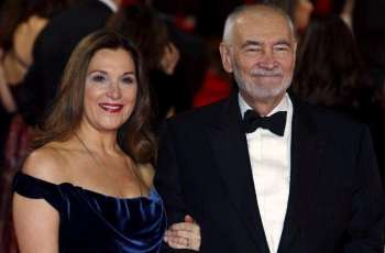 James Bond producer rules out female 007: Variety