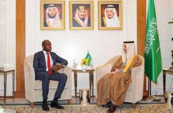 سمو وزير الخارجية يستقبل سفير جمهورية غينيا بيساو لدى المملكة
