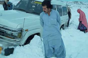 PM Khan lauds man for saving more than 100 peoples lives in snow-stricken Zhob