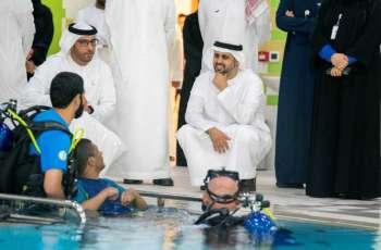 ذياب بن محمد بن زايد يزور مؤسسة زايد العليا لأصحاب الهمم