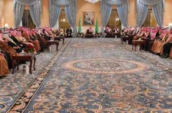 سمو أمير تبوك يلتقي أهالي المنطقة في جلسة سموه الأسبوعية