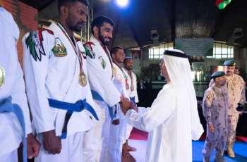 حامد بن زايد يشهد منافسات اليوم الختامي لبطولة محمد بن زايد للجوجيتسو