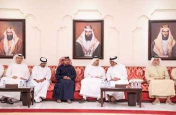 ذياب بن محمد بن زايد يقدم واجب العزاء في وفاة كلثم بنت عبدالله بن سنان