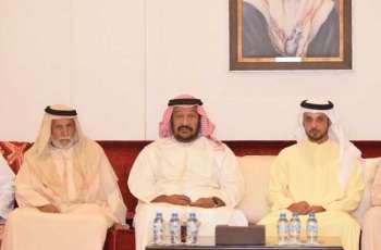 سعيد بن محمد يقدم واجب العزاء في وفاة سالم الاحبابي