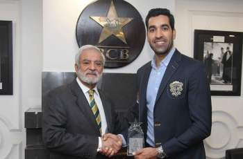 Umar Gul honoured during third T20I