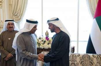 محمد بن زايد يستقبل عبد اللطيف الزياني