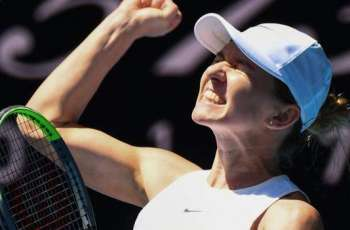 Simona Halep and Garbine Muguruza reach semi-finals of Australia Open