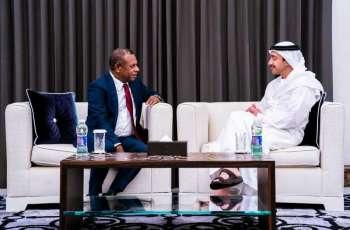 عبدالله بن زايد يستقبل وزير الخارجية والتجارة الدولية في بابوا غينيا الجديدة