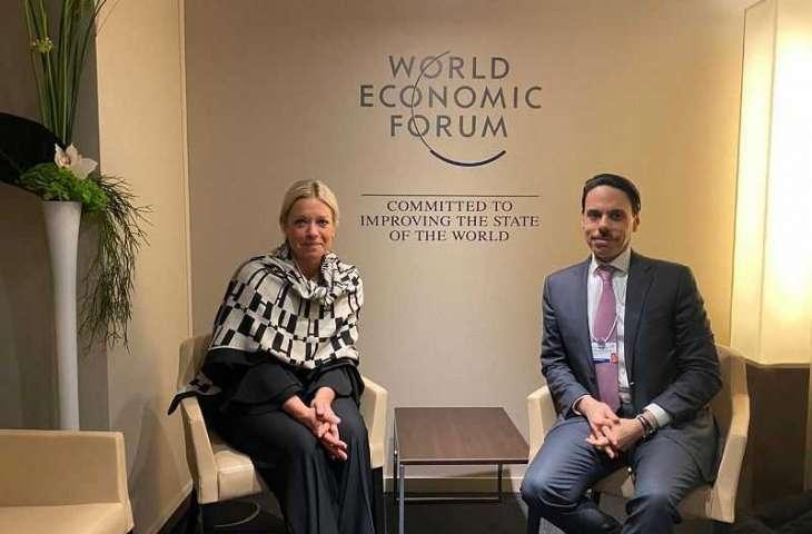 سمو وزير الخارجية يلتقي الممثل الخاص للأمين العام للأمم المتحدة في العراق على هامش مشاركته في منتدى دافوس