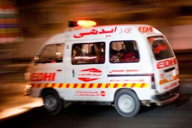 انتحار أب باکستاني بعد محاولة قتل أطفالہ بسبب الفقر في مدینة کراتشي