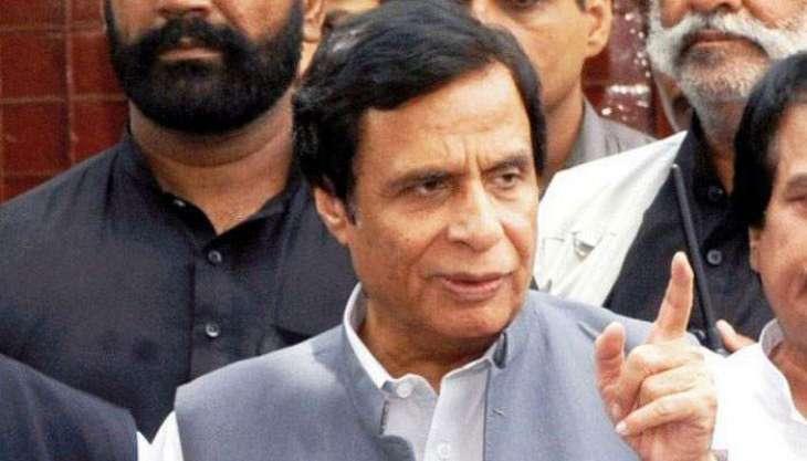 Pervez Elahi reprimands PTI minister for giving Kartarpur credit to PM Khan