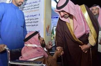 سمو أمير نجران يزور معرض مهرجان شرورة الشتوي