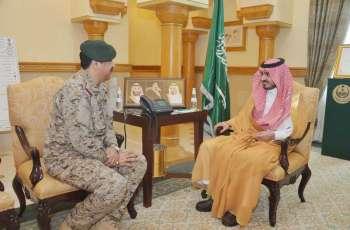 سمو الأمير بدر بن سلطان يستقبل قائد المنطقة الغربية