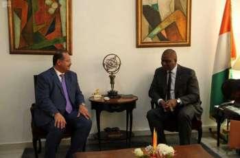 سفير المملكة لدى الكوت ديفوار يلتقي بوزير الدفاع الإيفواري