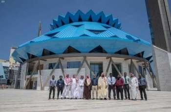 وفد الشؤون الإسلامية يزور مشروع جامع الملك سلمان بالعاصمة المالديفية