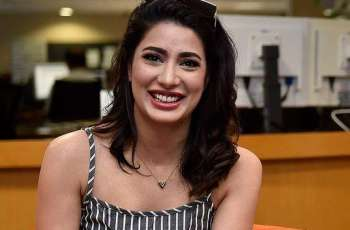 Mehwish Hayat beams over festivity of PSL, return of cricket and players to Pakistan