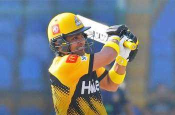 Kamran Akmal makes first century of PSL's fifth edition