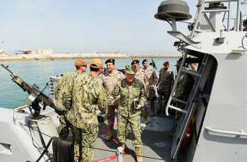 تمرين مشترك للبحريتين السعودية والأمريكية في المنطقة الشرقية