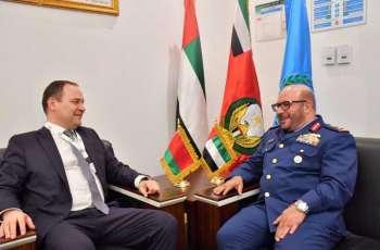 """قائد القوات الجوية يلتقي كبار ضيوف معرضي """"يومكس"""" و """"سيمتكس 2020"""""""