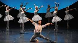 US Audience Accepts Russian St. Petersburg Ballet Debut With Standing Ovations - Prima