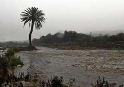 هطول أمطار غزيرة على منطقة عسير