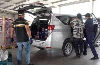 """"""" مركز النقل المتكامل """" في أبوظبي يوظف مركبات الأجرة لتوصيل السلع من منافذ البيع للمتعاملين"""