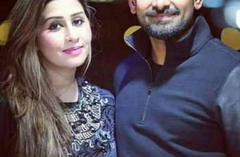 Muhammad Hafeez gets bored at home