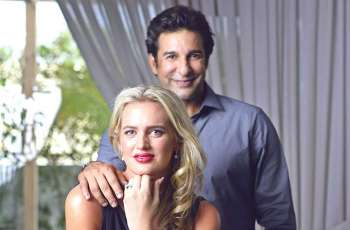 Wasim Akram becomes Chef to be happy in quarantine time