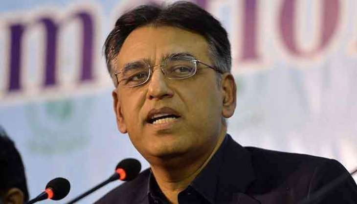 'Asad Umar is creating differences between PM Khan and Tareen'