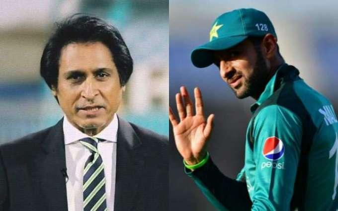 Ramiz Raja turns defensive over funny question of Shoaib Malik