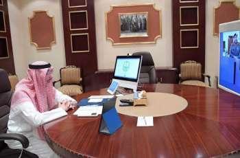أمير منطقة جازان يطلع على جهود الجهات الأمنية والصحية بالمنطقة