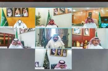 سمو أمير الجوف يناقش مع وكلاء الإمارة والمحافظين خطط عودة الحياة للأوضاع الطبيعية
