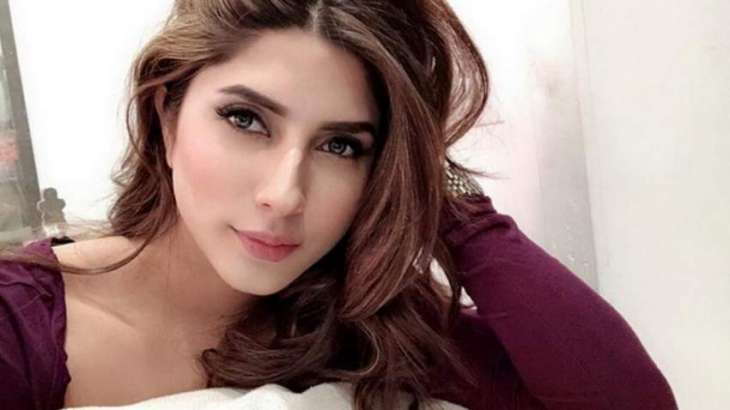 Uzma Khan rejects rumours of deal with Malik Riaz's family