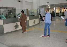 جوازات القصيم تنفذ عدة إجراءات احترازية في مقرات العمل