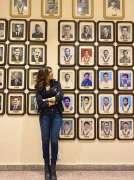 Mehwish Hayat feels pride to see pictures of cricket heroes