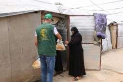 مركز الملك سلمان للإغاثة يوزع 6.000 ربطة خبز على العائلات المتعففة شمال لبنان
