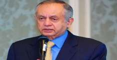 Abdul Razak Dawood asks exporters of surgical masks to wait for few weeks