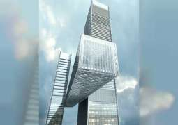 """اكتمال عملية الجر النهائية لمبنى """"ذا لينك""""  أطول مبنى أفقي معلق في  العالم"""