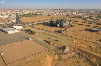 أمين الجوف يقف على أعمال امتداد طريق الملك عبدالعزيز وإعادة تأهيل شارع الأمير نواف بن عبدالعزيز بسكاكا