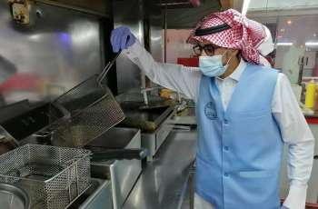 بلدية شعبة نصاب تعزز الرقابة على المنشآت الغذائية وتؤهل المسطحات الخضراء