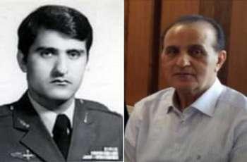 وفاة قائد القوات الجویة في الجیش الایراني العمید ھوشنغ صدیق متأثرا بفیروس کورونا