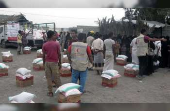 UAE continues to deliver food assistance to Yemen's Red Sea Coast