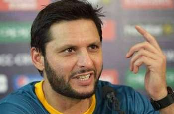 Shahid Afridi says Dhoni is better captain than Australia's Ricky Ponting
