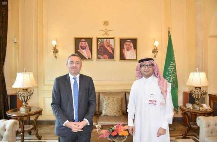 سفير المملكة لدى لبنان يستقبل السفير البريطاني
