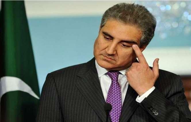 وزیر الخارجیة الباکستاني شاہ محمود قریشي یعلن اصابتہ بفیروس کورونا