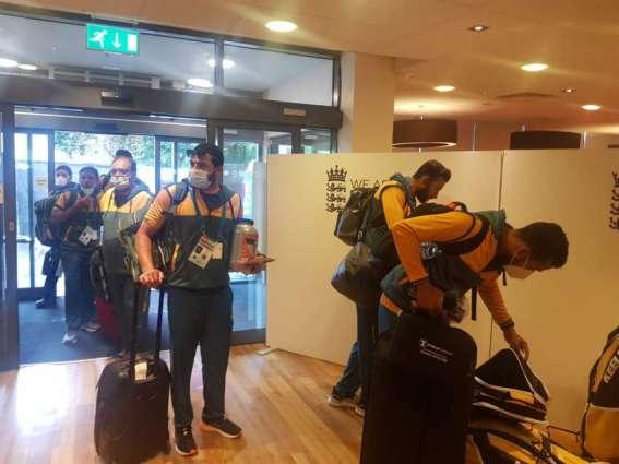 Pakistan team reaches Derby
