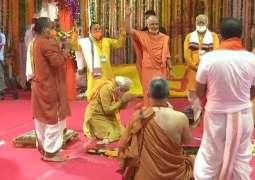 Modi turns Babari mosque into Mandir